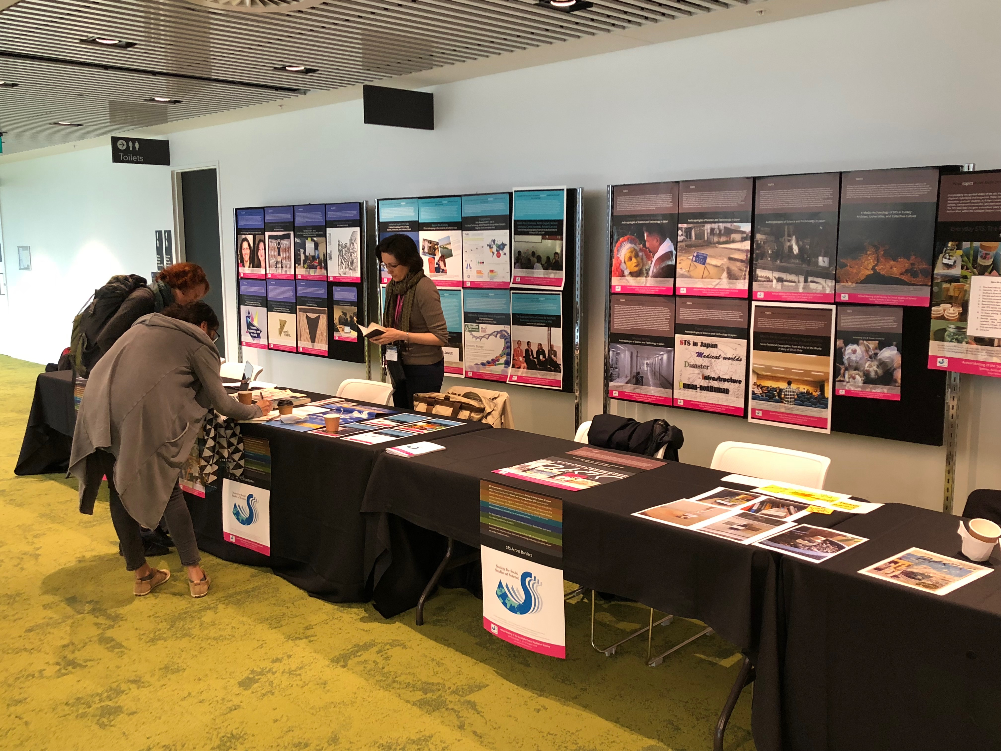 STS in Turkey exhibit booth