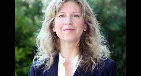 Valerie Olson Headshot