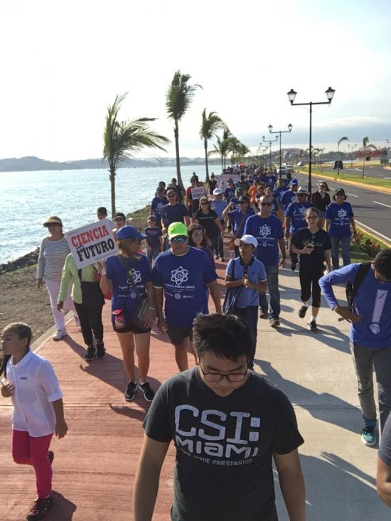 People walking together during the Caminata por la Ciencia on Amador Causeway, Panama City, Panama.